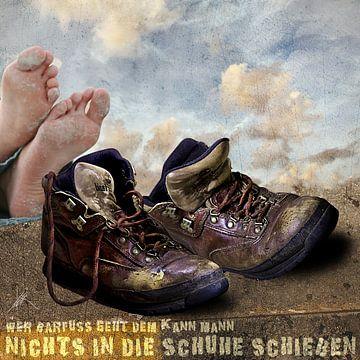 Die op blote voeten loopt.... van Harald Fischer