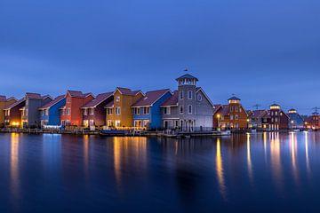 Der Hafen von Reitdiep zur blauen Stunde! von Robert Kok