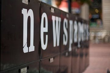 NEWSPAPERS von Charlotte Meindersma