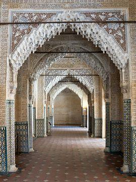 Alhambra - Galerie in der Sala de Los Reyes von René Weijers