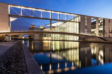 Le quartier gouvernemental de Berlin à l'heure bleue