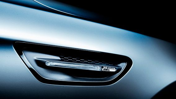 Mat grijs BMW M5 30 jahre editon van Ansho Bijlmakers
