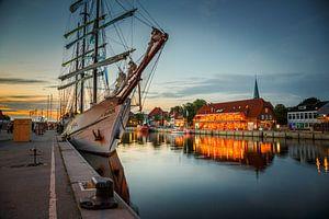 Abendstimmung im Hafen von Werner Reins