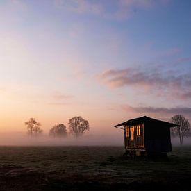 Die aufgehende Sonne spiegelt sich in den frühen Morgenstunden von Affect Fotografie