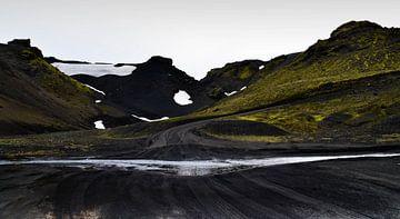 Wegen en rivieren | IJsland (2) van Willem van den Berge