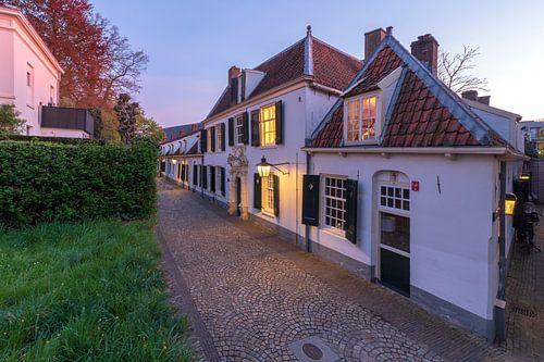 Bruntskameren / Bruntenhof en Villa Lievendaal Utrecht avondsfeer. van André Russcher