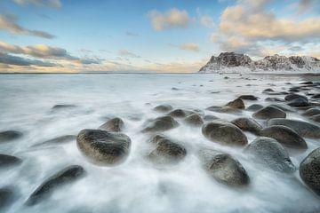 Utakleiv Boulders - Mooie Lofoten van Rolf Schnepp