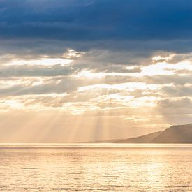 Barco velero navegando por el lago Lemán, Suiza van Carlos Charlez