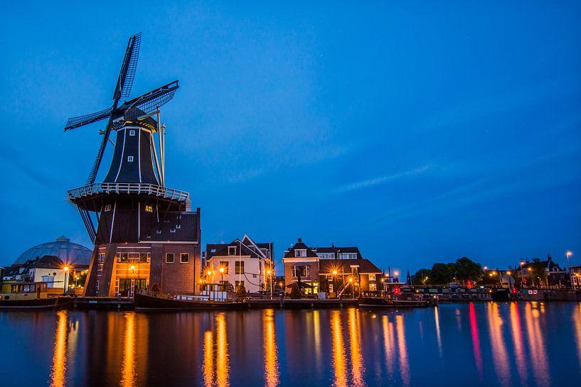 Zonsondergang in Haarlem 05 van Arjen Schippers