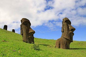 Moai's op Paaseiland sur Antwan Janssen