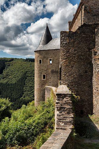 De burcht Bourscheid Luxemburg