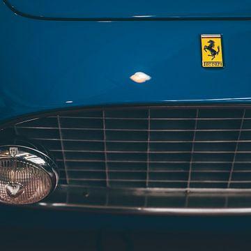 Klassisches Ferrari-Logo von Willem Verstraten