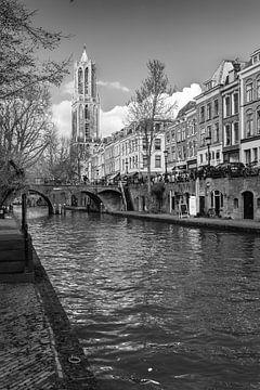 De Dom van Utrecht gezien vanaf de werf aan de Oudegracht van De Utrechtse Grachten