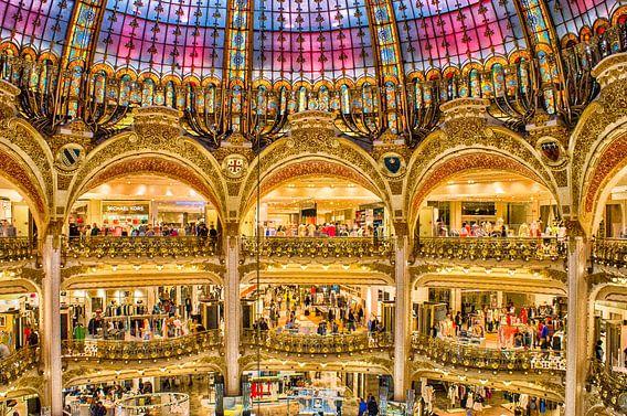 Interieur Galeries Lafayette in Parijs van Ron Poot