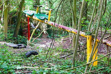 Verlaten speeltuin op de Gulperberg in Zuid-Limburg van
