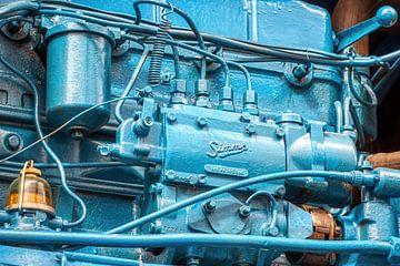 motorblok van een oude tractor van W J Kok