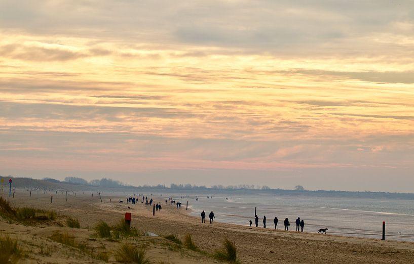 Ein Spaziergang an einem Wintersonntagmorgen von Sven Zoeteman