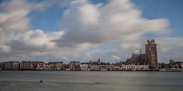 Dordrecht rivierzicht 3 van John Ouwens