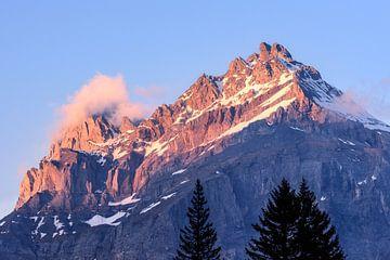 Alpenglühen van Severin Pomsel