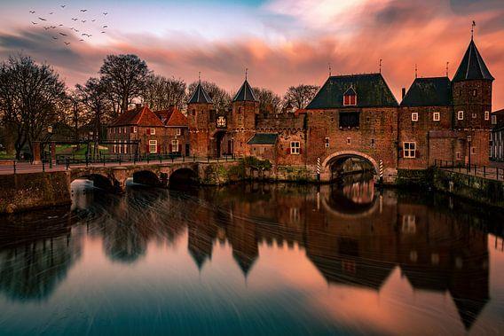 Koppelpoort Sunset Amersfoort van Michael van der Burg