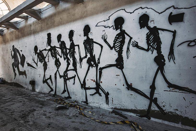 lopende skeletten van romario rondelez