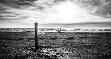 het lege strand von jeroen akkerman