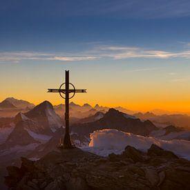 Vredige avondstemming Walliser Alpen sur Menno Boermans