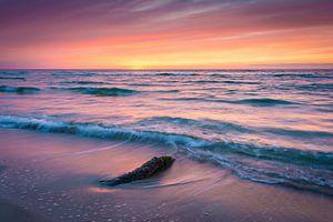 Zonsondergang aan zee van Martin Wasilewski