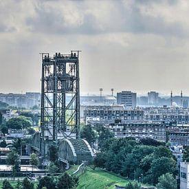 Rotterdam: Brücke und Stadion von Frans Blok