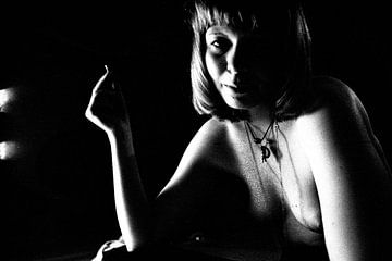 Irene smoking von Bert Burkhardt