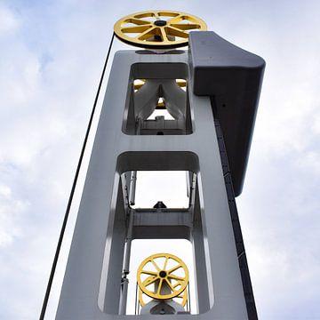 Stadtbrücke Kampener Brücke mit den goldenen Rädern von Sharon Hendriks