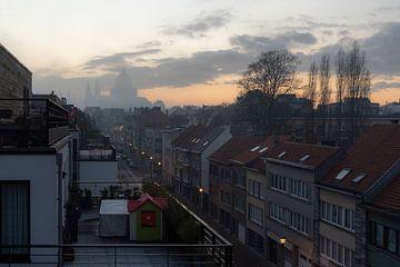 Dikke mistsluiers over Brussel