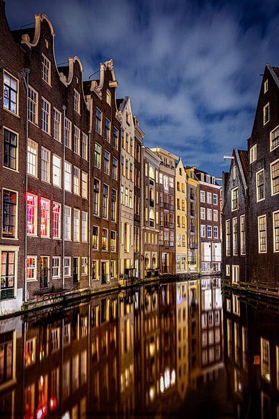 De grachtenhuizen van Amsterdam van Fotografiecor .nl