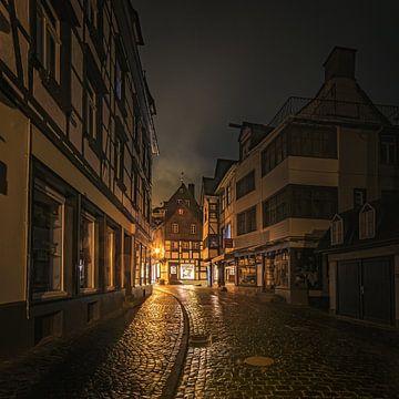 Monschau bij nacht van Willi Schubert