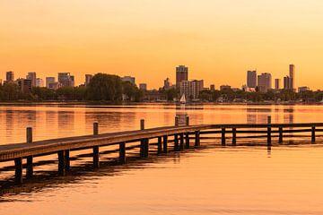 De Kralingseplas in Rotterdam tijdens een geweldige zonsondergang