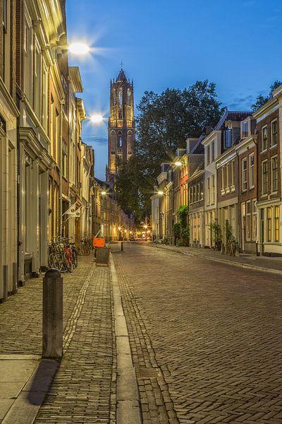 Domtoren in Utrecht gezien vanuit de Korte Nieuwstraat - 1 van Tux Photography