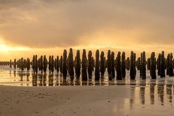 Sonnenuntergang an der märchenhaften Opalküste von Gerry van Roosmalen