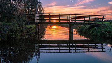 Zonsondergang met brug van Richard Steenvoorden