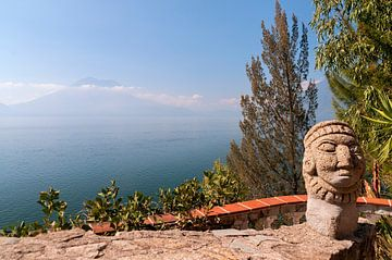 Guatemala: Santa Cruz La Laguna (Meer van Atitlán) van Maarten Verhees