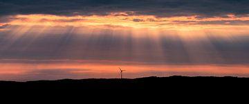 Une éolienne solitaire, Uddevalla, Suède. sur Henk Meijer Photography