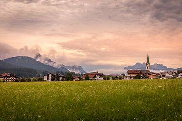Ein Panorama in Ellmau, Österreich. von Gunter Nuyts