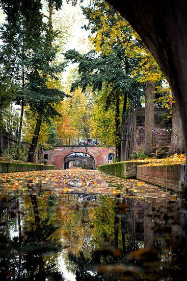 Zicht op de Brigittenbrug in de binnenstad van Utrecht