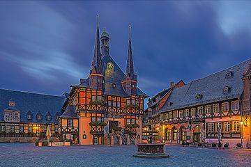 Sonnenaufgang am Rathaus in Wernigerode von Henk Meijer Photography
