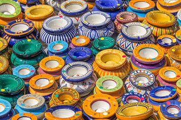 Bunte Keramikaschenbecher von Achim Prill