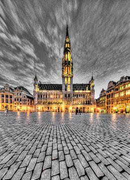 Der Grand Place von Brüssel bei Nacht von Paul Marnef