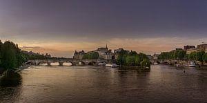 Pont Neuf bij zonsopkomst van