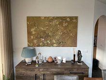 Photo de nos clients: Amandelbloesem van Vincent van Gogh (Oker) , sur toile