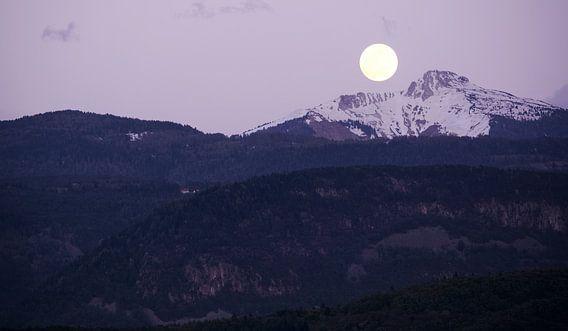 Moonrise at Corno Bianco