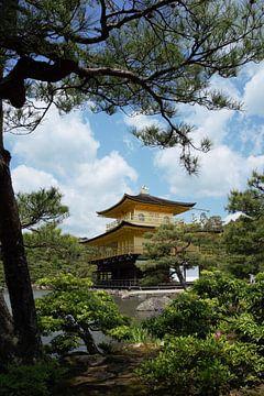 Gouden tempel Kyoto Japan - Kinkaku-ji - Zen buddhist tuin van Vincent Cornelissen