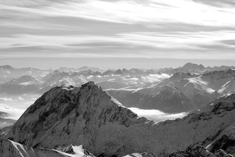 Zugspitze van Rik Crijns